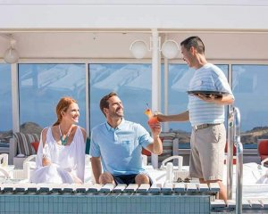 renowned-hospitality-experience-crystal-cruises-ocean-2