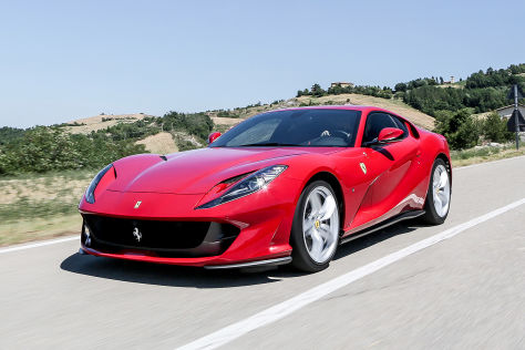 Ferrari-812-Superfast