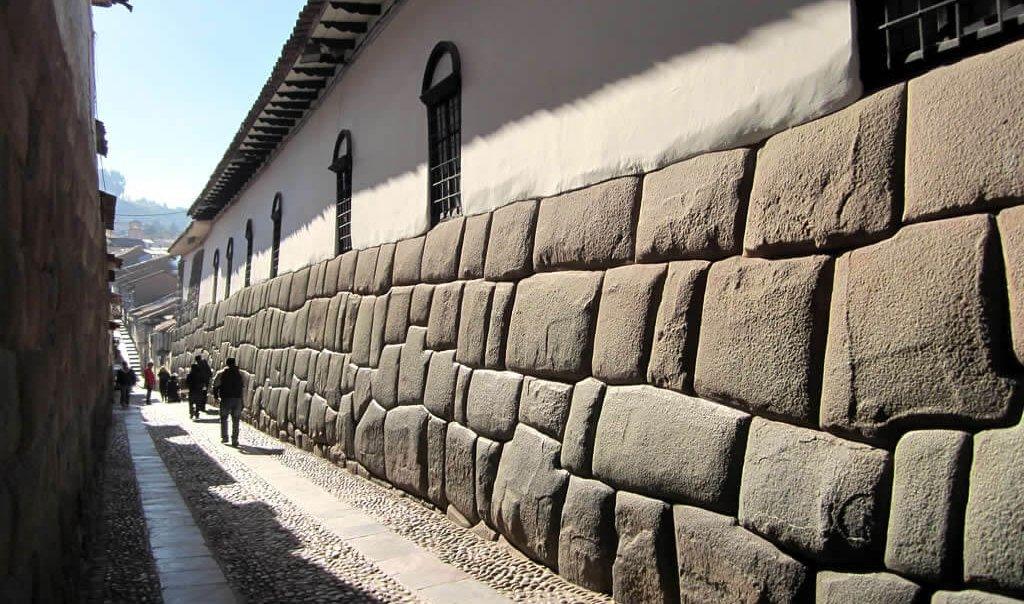 Hatunrumiyoc_Cusco